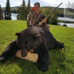 Chasse à l'ours de Norman Byrnes à la pourvoirie Rudy