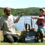 Duo pere fille à la pêche à la truite