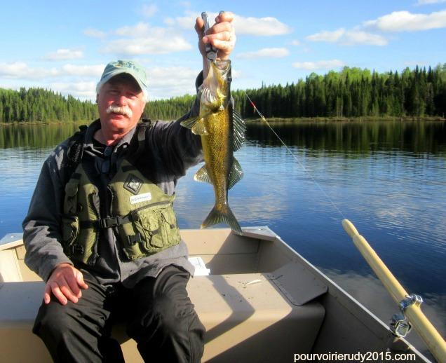 pêche-doré-pourvoirie-rudy-laurentides